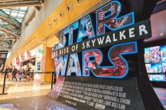 2019-12-21-Workwell-Star-Wars-Movie-Event-011